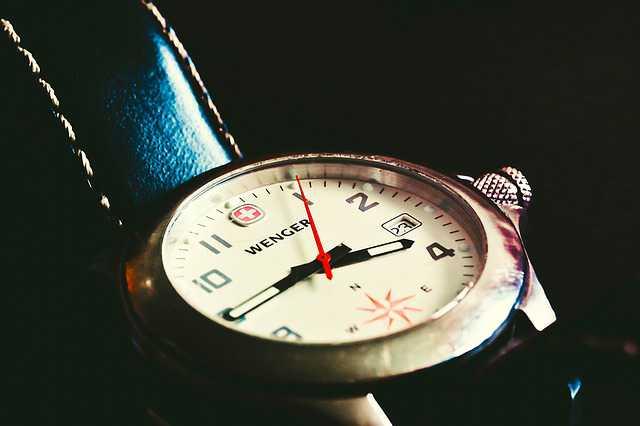 clock-1422183_640
